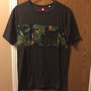 Used pocket t tropical